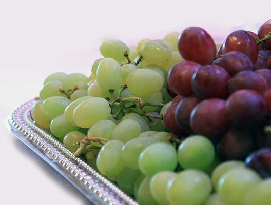 a tray of grapes